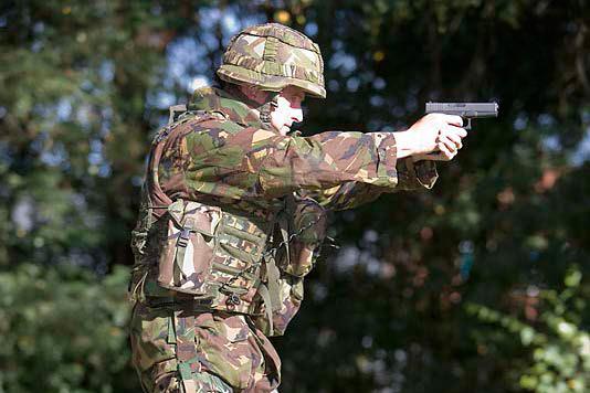 Glock 17-pistool | Materieel | Defensie.nl