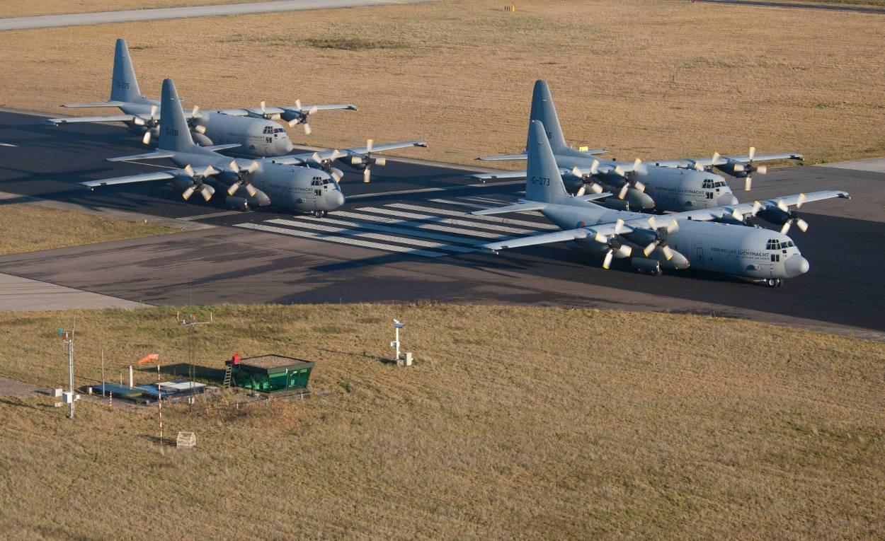 https://www.defensie.nl/binaries/large/content/gallery/defensie/content-afbeeldingen/onderwerpen/materieel/vliegtuigen-en-helikopters/lockheed-c-130-hercules/d121122as1019_1.jpg