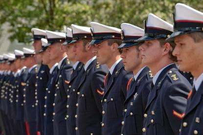 Mariniers op rij.